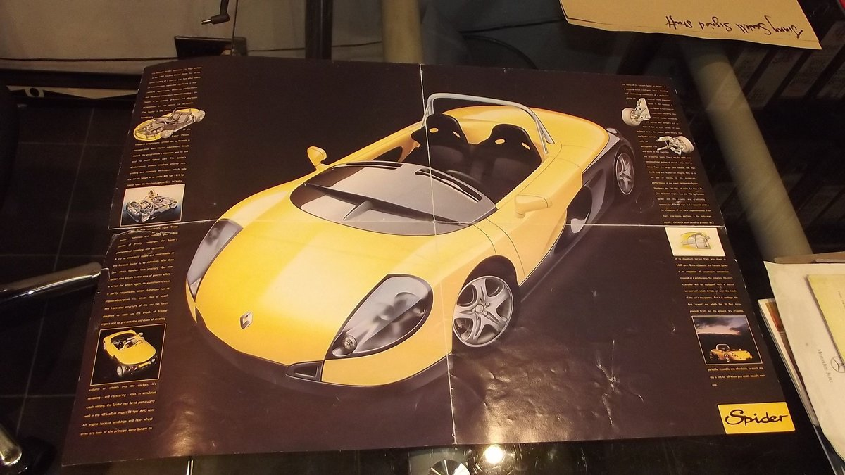 0000 RENAULT MEMORABILIA FOR SALE - OFFERS For Sale (picture 5 of 8)
