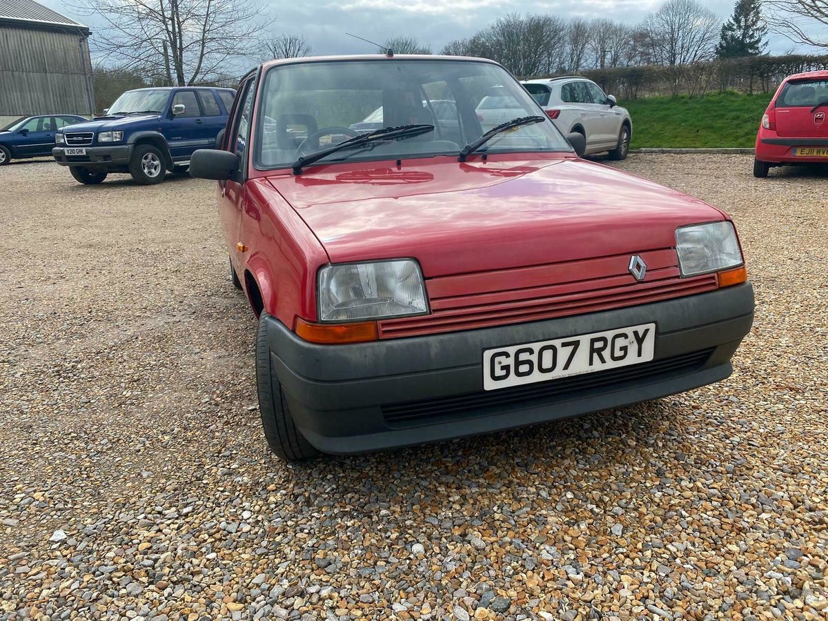 A Charmingly Beautiful 1989 Renault 5 Campus, 68,000 Miles For Sale (picture 2 of 10)