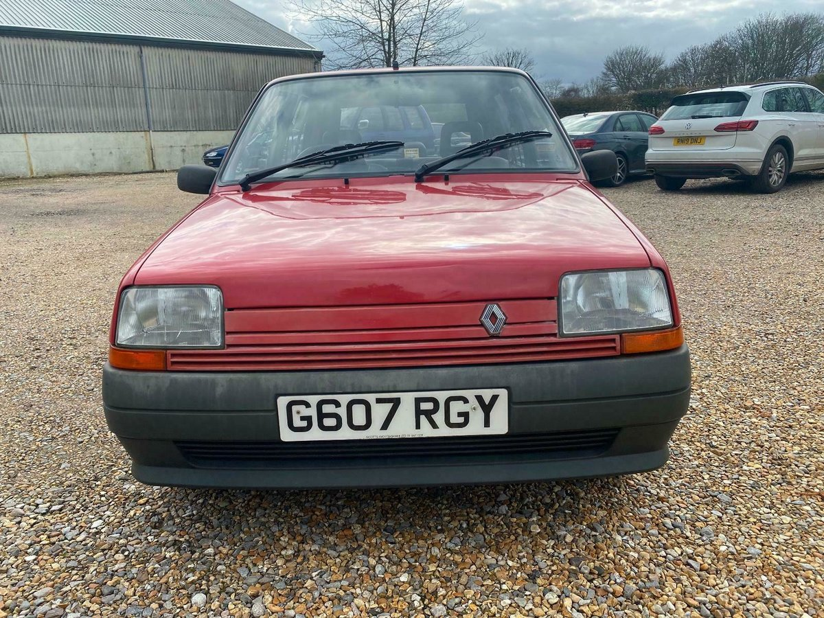 A Charmingly Beautiful 1989 Renault 5 Campus, 68,000 Miles For Sale (picture 7 of 10)