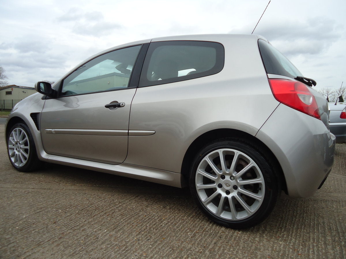 0757 LOW MILEAGE CLIO RENAULTSPORT For Sale (picture 8 of 8)