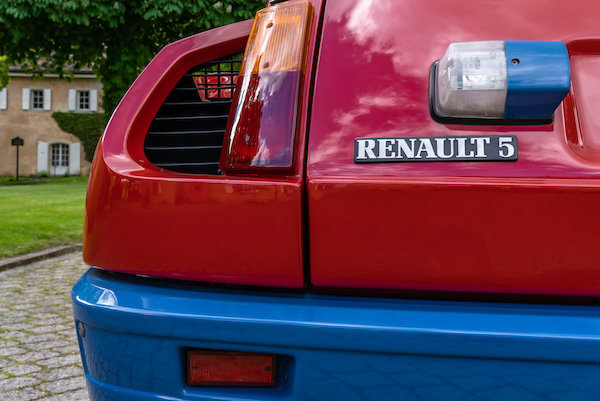 1983 Renault 5 Turbo Lot 109 For Sale by Auction (picture 11 of 44)