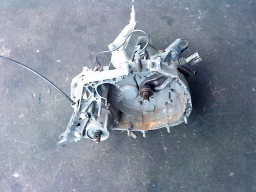 CLIO WILLIAMS 16V -  5 SPEED  GEARBOX For Sale (picture 5 of 6)