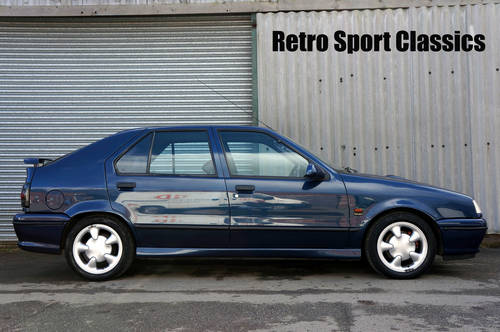 1991 80's & 90's Renault Hot Hatch's Wanted (picture 1 of 6)