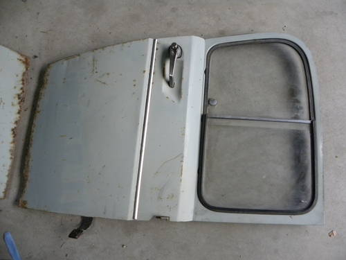 Renault 2CV FIRST SERIES DOORS AND OTHER For Sale (picture 1 of 6)