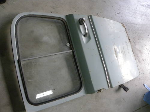 Renault 2CV FIRST SERIES DOORS AND OTHER For Sale (picture 5 of 6)