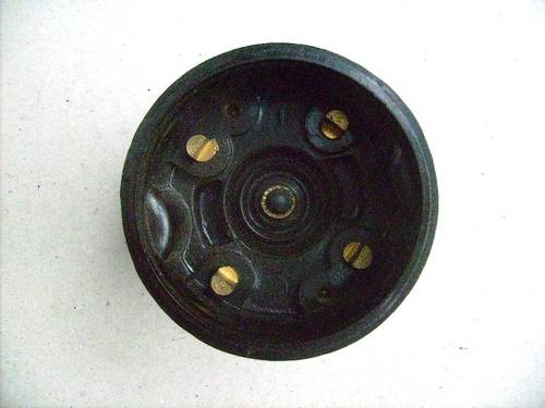 1952 Distributor cap Renault 4CV For Sale (picture 2 of 3)