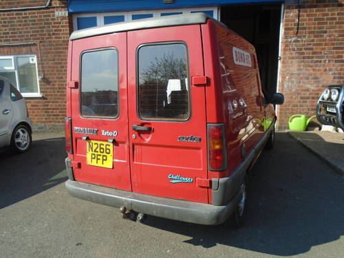 1995 RENO VAN EXTRA 1900cc DIESEL WITH POWER STEERING GOS WELL SOLD (picture 5 of 6)