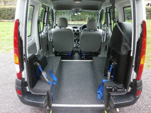 2004 '54' RENAULT KANGOO 1.2 MOBILITY WHITE JUST 8,128 MILES SOLD (picture 6 of 6)