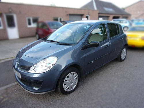 Renault Clio 1.4 16v Petrol 2006 For Sale (picture 1 of 6)