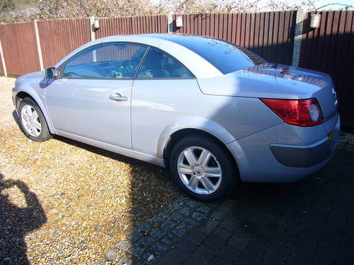 MEGANE DCI CONVERTIBLE , 2006-55, 6 SPEED For Sale (picture 3 of 6)