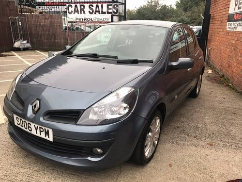 2006 Renault Clio 1.4 16v Dynamique Hatchback 5dr Petrol Manual SOLD (picture 2 of 4)