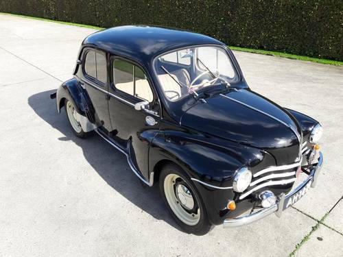 RENAULT 4CV 1954 BLACK TOP CAR,VERY ,VERY ,NICE. SOLD (picture 1 of 6)