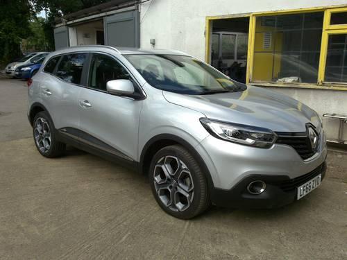 2016 (66) Renault Kadjar Dynamique S Nav dCi 130 - 9,088 Mls For Sale (picture 1 of 6)