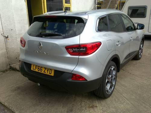 2016 (66) Renault Kadjar Dynamique S Nav dCi 130 - 9,088 Mls For Sale (picture 2 of 6)