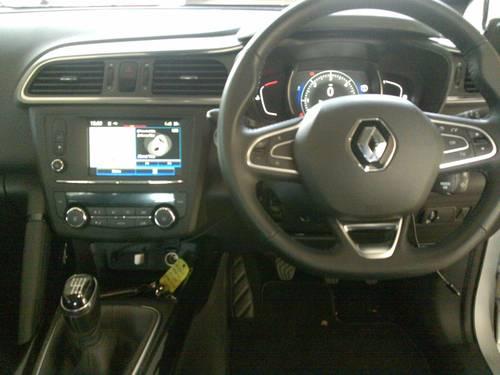 2016 (66) Renault Kadjar Dynamique S Nav dCi 130 - 9,088 Mls For Sale (picture 4 of 6)