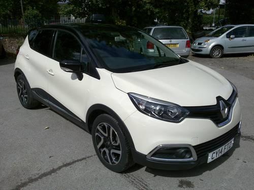 2014 Renault Captur Dynamique S Nav Tce 90 - 10,900 Miles SOLD (picture 1 of 6)