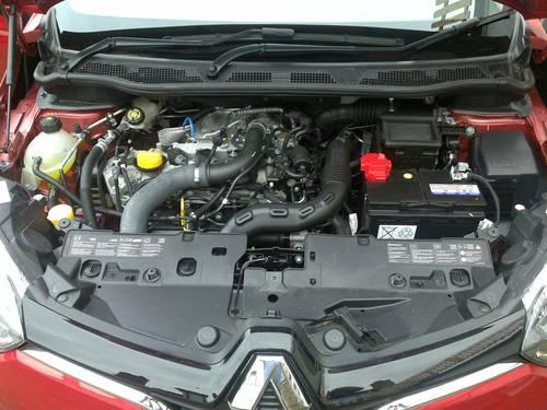 2015 Renault Captur Signature Nav Tce 120 EDC Auto - 540mls SOLD (picture 6 of 6)