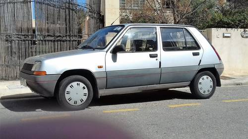 1986 Renault 5 GTL (Supercinq rare model) For Sale (picture 2 of 6)