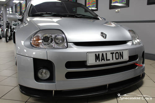 2002 Renault Clio Sport V6 24V For Sale (picture 1 of 6)