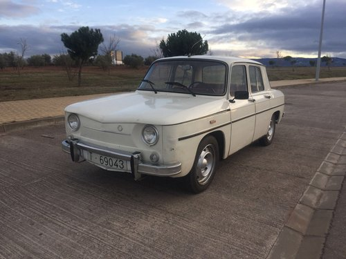 Renault 8 1969 Now fully UK registered For Sale (picture 1 of 6)