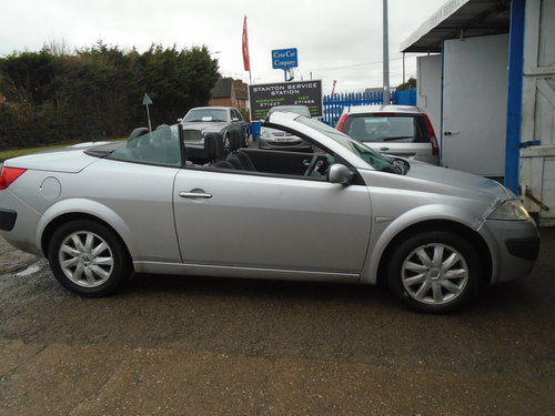2007 07 PLATE Renault Convertible RXE 1.6cc VVT PETROL ENGINENICE For Sale (picture 2 of 6)