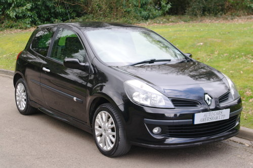 2007 Renault Clio 1.4 16v Dynamique S. 3 Door. Black. Body Kit..  SOLD (picture 1 of 6)
