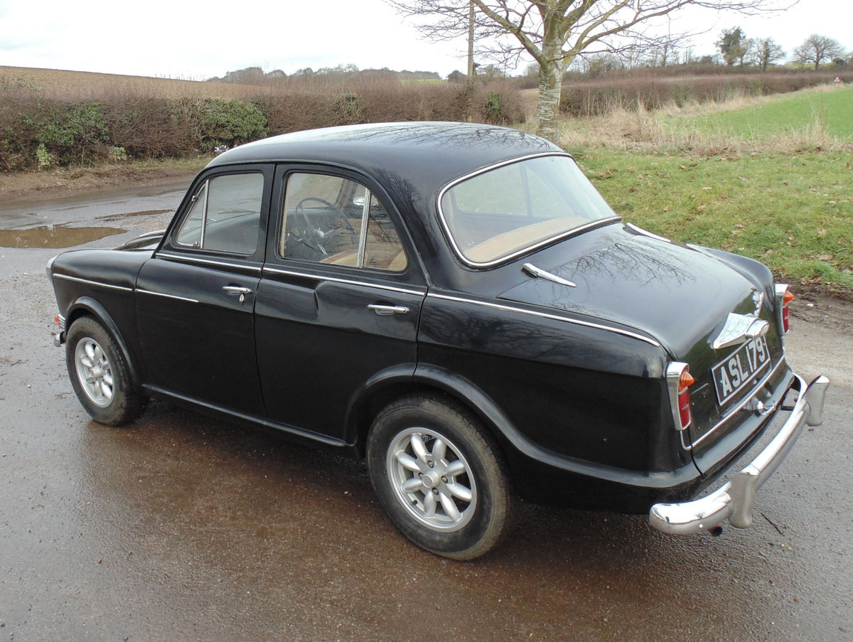 1959 Riley One Point Five SOLD (picture 3 of 6)