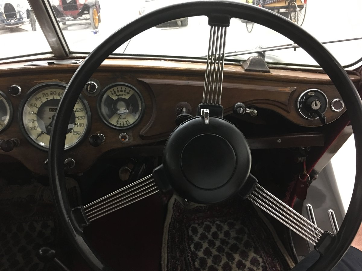 1948 Beautiful Riley RMA 1,5 with original upholstery For Sale (picture 2 of 6)