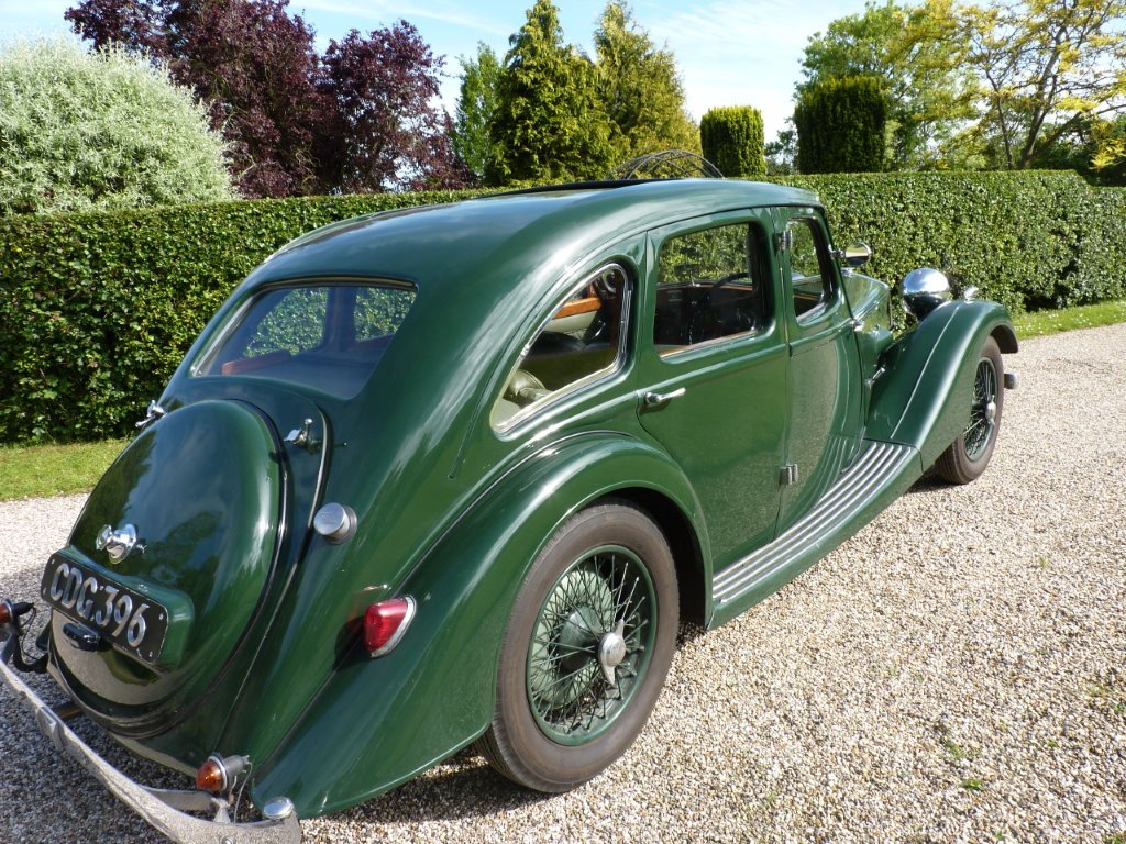 1938 Riley Kestrel 12/4 Six-Light Saloon For Sale (picture 5 of 6)