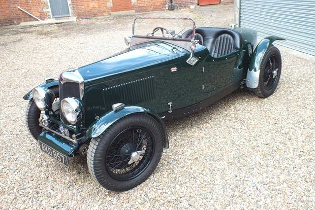1933 A superb Riley which needs to be seen to be appreciated For Sale (picture 2 of 6)