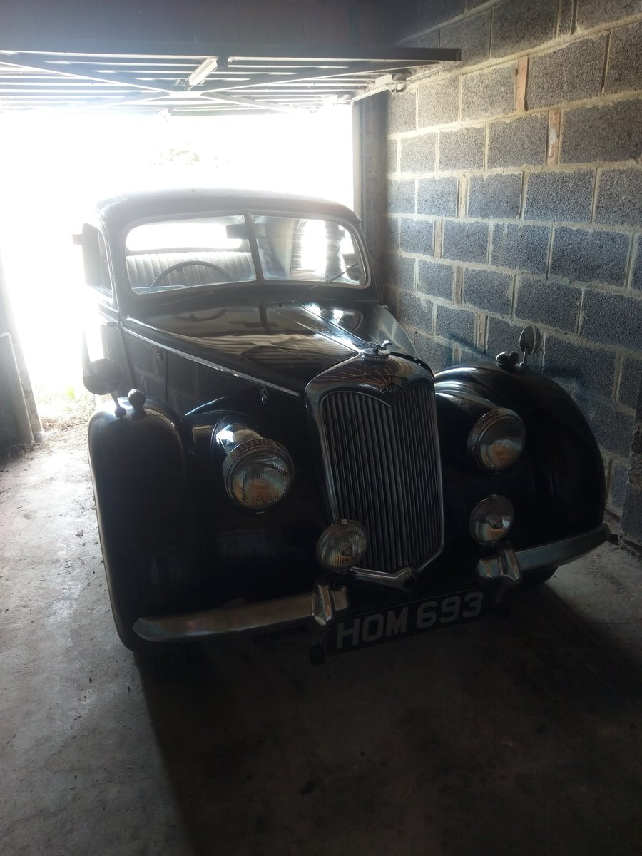 1948 Riley RMA Black with Maroon Roof For Sale (picture 1 of 5)