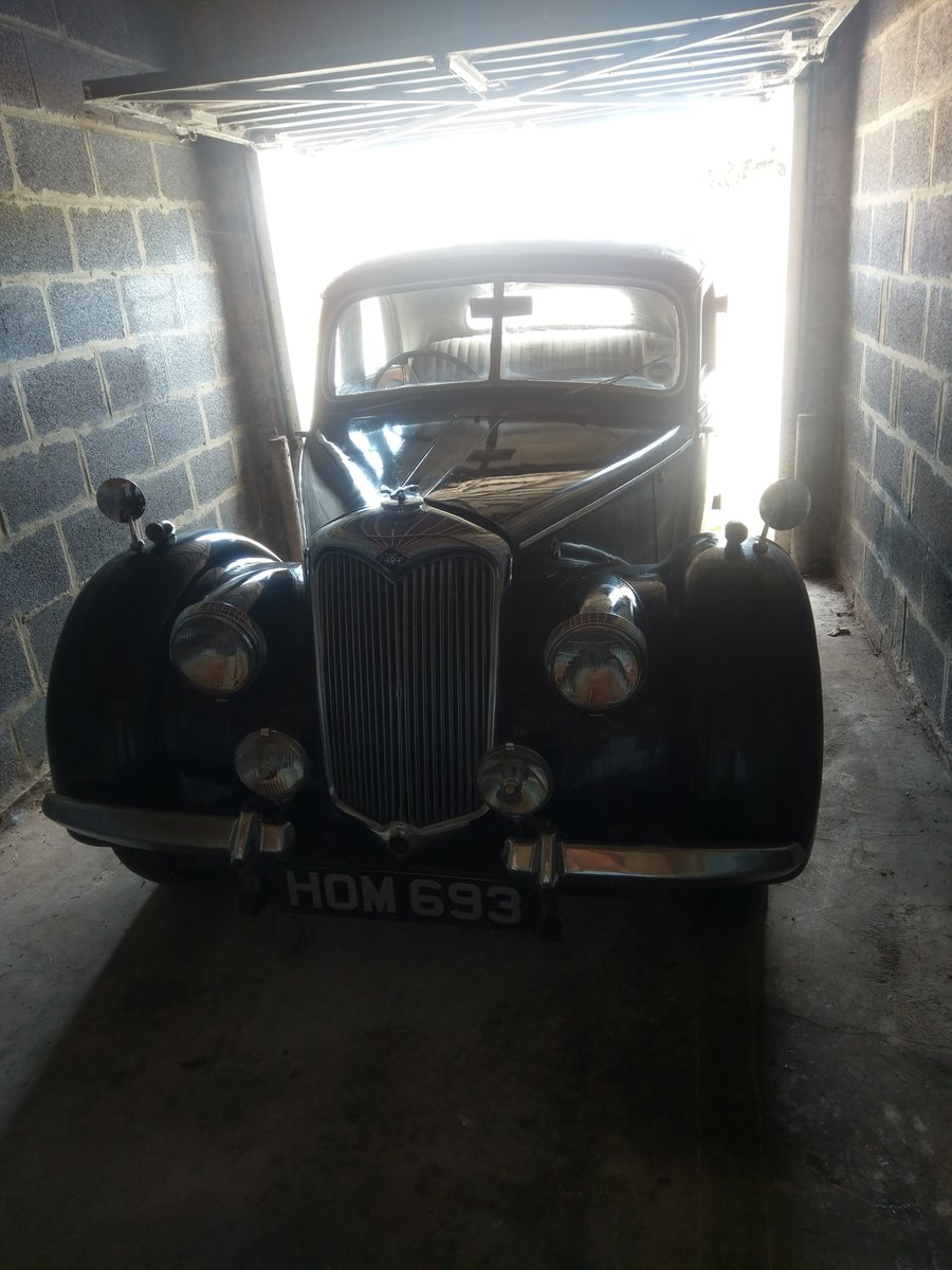 1948 Riley RMA Black with Maroon Roof For Sale (picture 3 of 5)