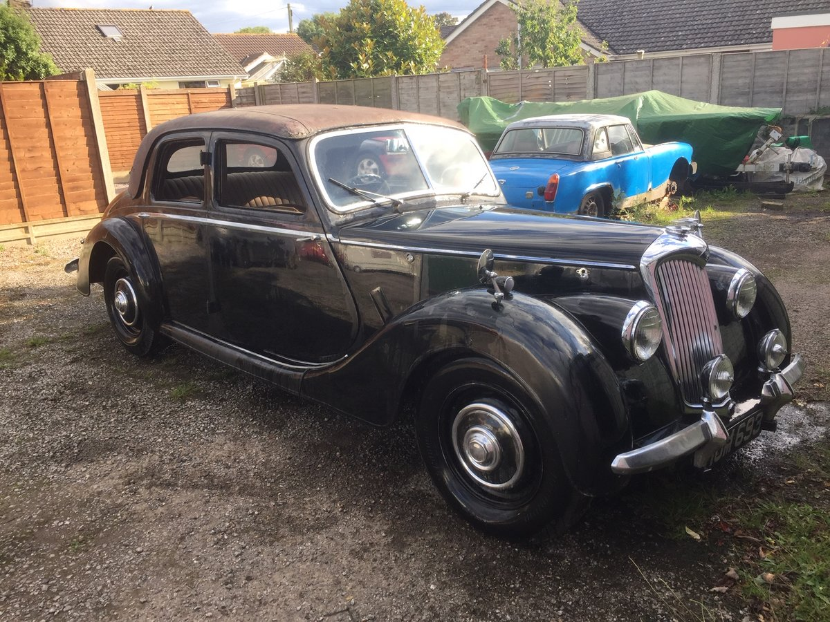 1948 Riley RMA Black with Maroon Roof SOLD (picture 2 of 6)
