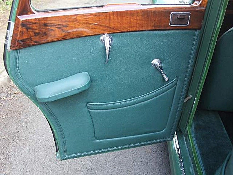 1951 Riley RMB 2.5 litre Saloon. Fully restored! For Sale (picture 6 of 6)