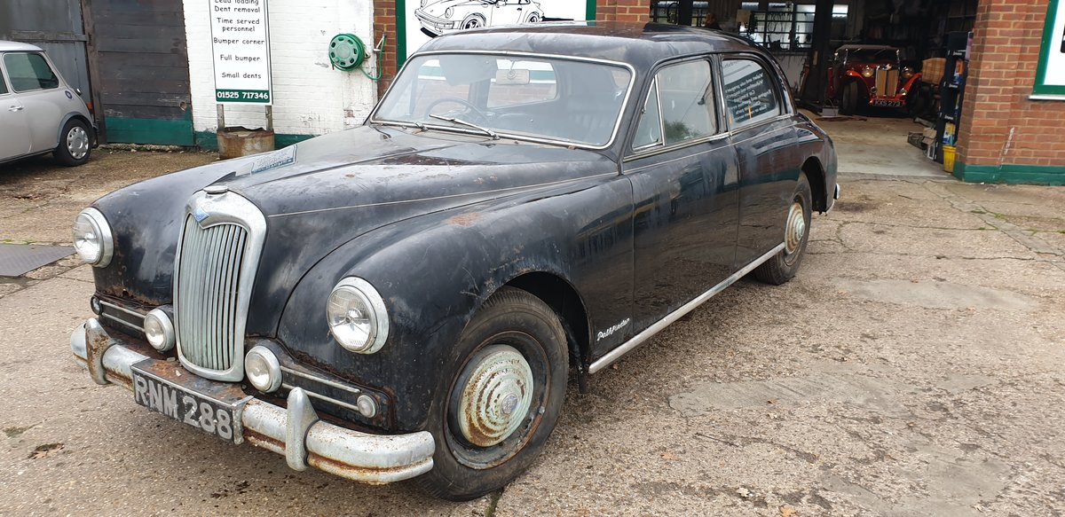 1956 Riley Pathfinder for restoration For Sale (picture 1 of 6)