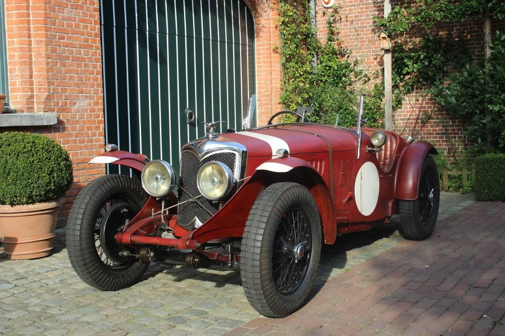 Stunning RHD Riley 15/6 Special from 1936 For Sale (picture 1 of 6)