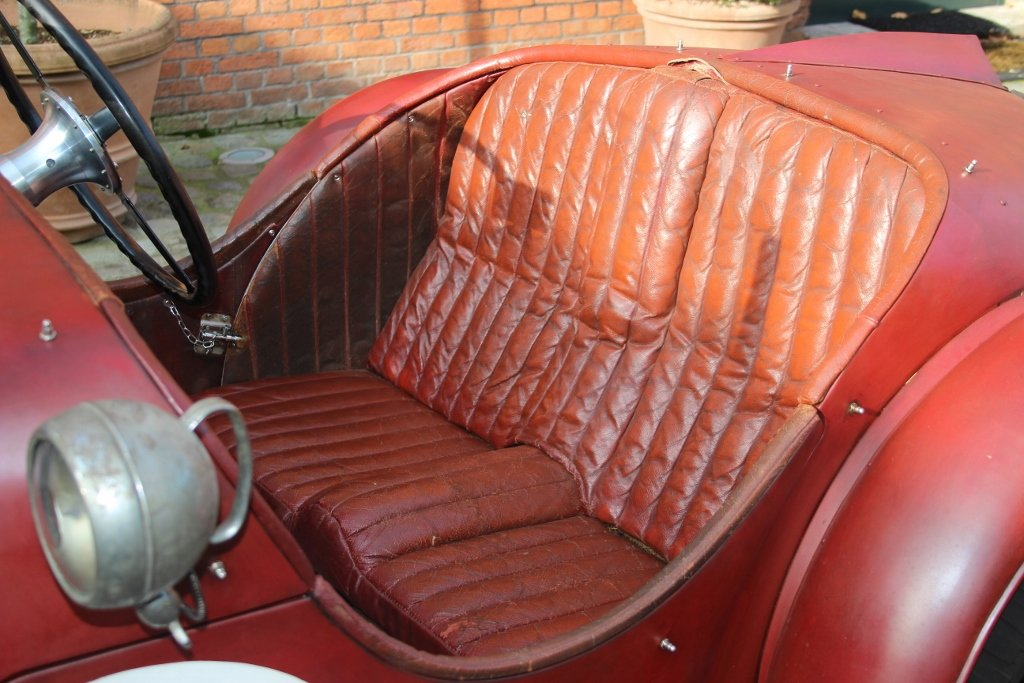 Stunning RHD Riley 15/6 Special from 1936 For Sale (picture 3 of 6)
