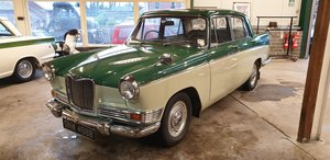 1964 Riley 4/72 SOLD by Auction