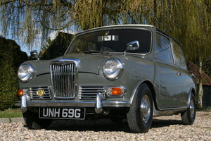 1969 Riley ELF. One distinguished owner until 2012, & a collector For Sale