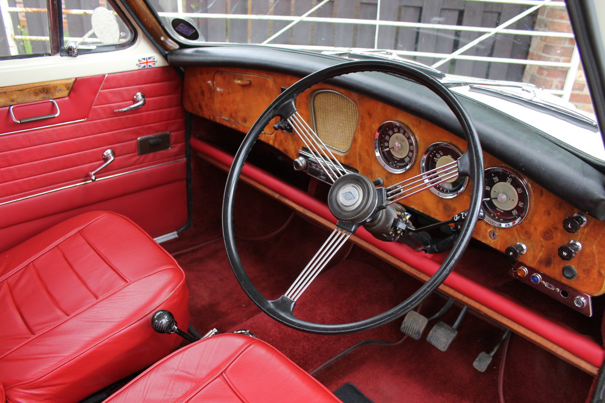 1961 Riley 1.5 - Highly upgraded with 1798cc engine/5 speed SOLD (picture 7 of 20)