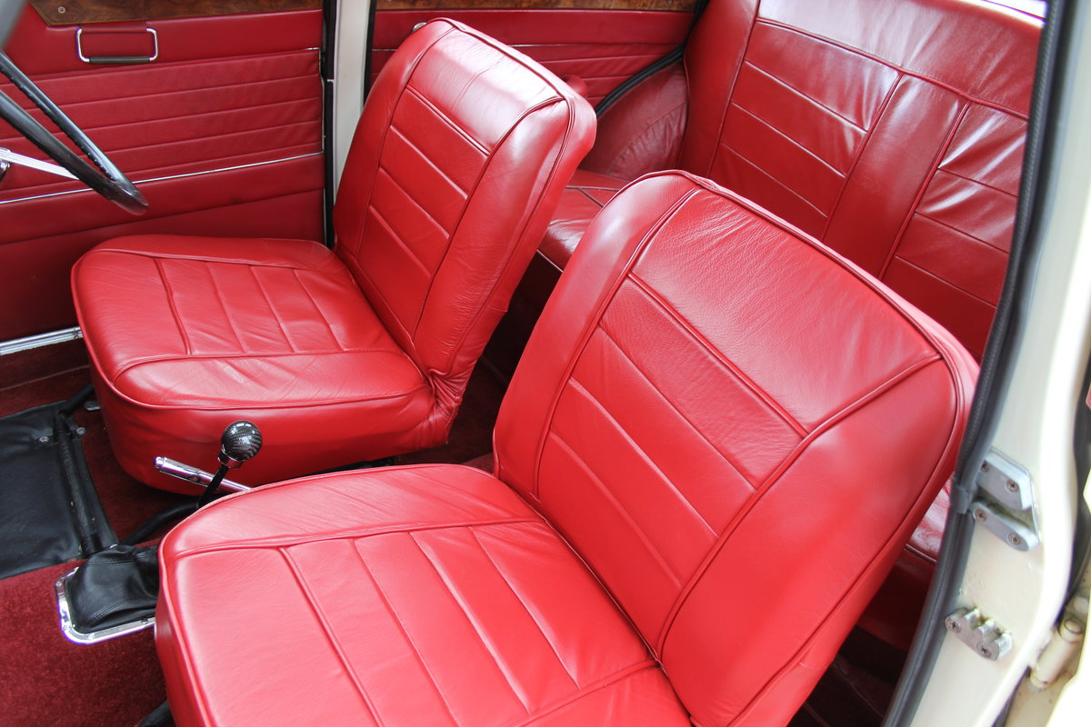 1961 Riley 1.5 - Highly upgraded with 1798cc engine/5 speed SOLD (picture 17 of 20)