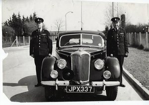 RILEY RMB 2.5cc EX POLICE CAR AND EX GOOD POLICE CAR