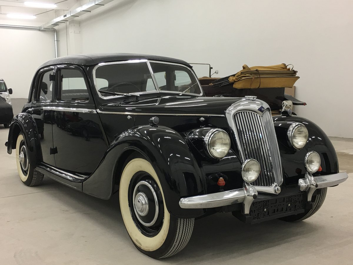 Picture of 1948 Riley 1,5 RMA with original upholstery For Sale