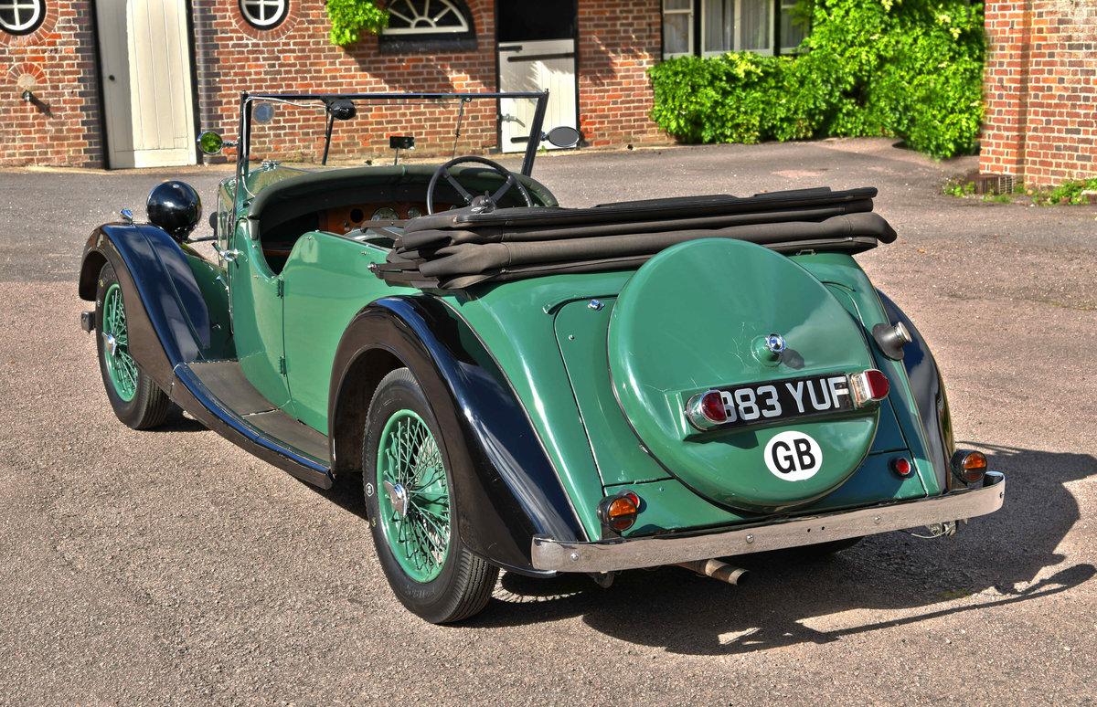 1938 Riley 12/4 TOURER COACHWORK BY WILKINSON & SON OF DERBY For Sale (picture 2 of 6)