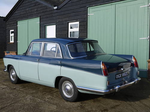 1967 RILEY 4/72 AUTOMATIC SALOON - OUTSTANDING AND VERY RARE! SOLD (picture 2 of 6)