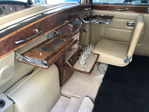 1986 Rolls-Royce Phantom VI LHD - 23.000 kms only For Sale (picture 5 of 6)
