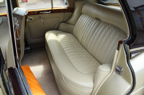 1965 Rolls-Royce Silver Cloud III SOLD (picture 5 of 6)