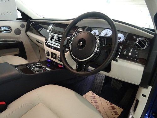 2014 Rolls-Royce Ghost 6.6 4dr PAN ROOF + REAR ENTERTAINMENT For Sale (picture 5 of 6)