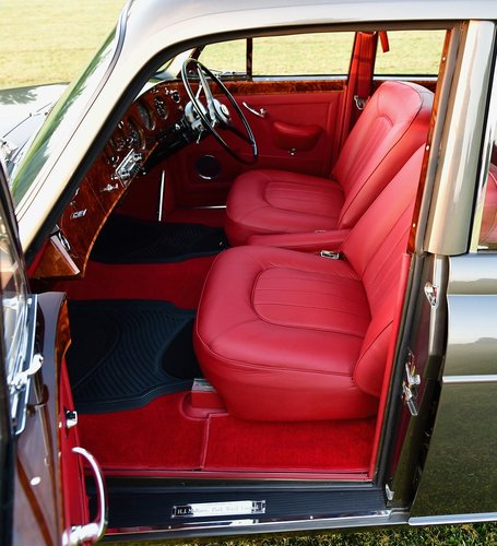 1965 Rolls Royce Silver Cloud 3 Flying Spur by H.J. Mulliner For Sale (picture 4 of 6)