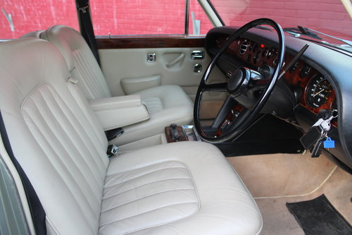 1976 ROLLS-ROYCE SILVER SHADOW LUXURY CLASSIC SILVER SHAOW 1  For Sale (picture 5 of 6)